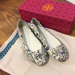 43826e2fca1bb0 Tory Burch Shoes - Tory Burch Minnie Ivory Meadow Folly Travel Ballet